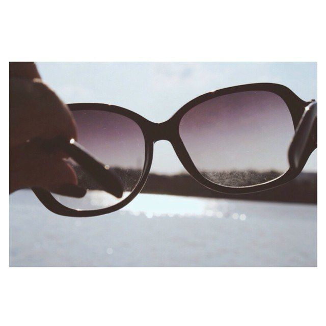 •it's not what you look at that matters, it's what you see• #glasses #summer #dreams #dream #world #nature #see #vision #beach