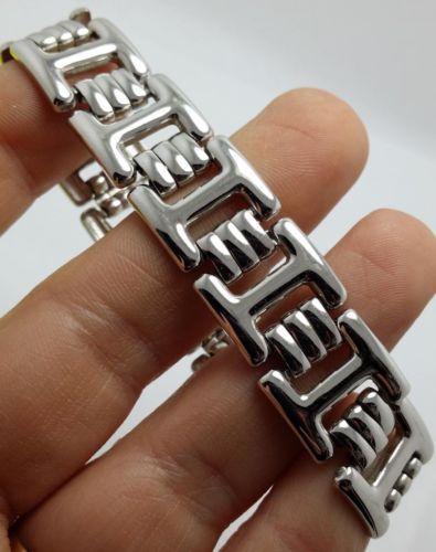Vintage-Silvertone-Monet-Linked-Bracelet