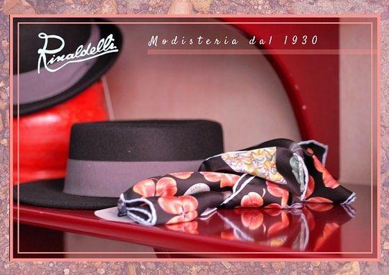 L'autunno è il tempo in cui tutto esplode con la sua ultima bellezza come se la natura si fosse risparmiata tutto lanno per il gran finale... Foulard @mantero1902 70x70 seta pura serie gufetti portafortuna  #modisteria #artigianato #fashion #style #like4like #l4l #instalike #foulard #seta #colors #fallwinter #style #fashion #eleganza #lusso #elegance #luxury #winter #fall2017 #autunno #gufetti