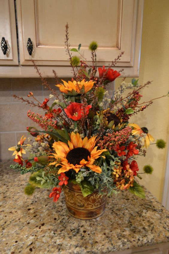 Https Www Pinterest Com Pin 465137467743166908 Posted With Post To Tumblr Fall Flower Arrangements Thanksgiving Floral Arrangements Fall Arrangements