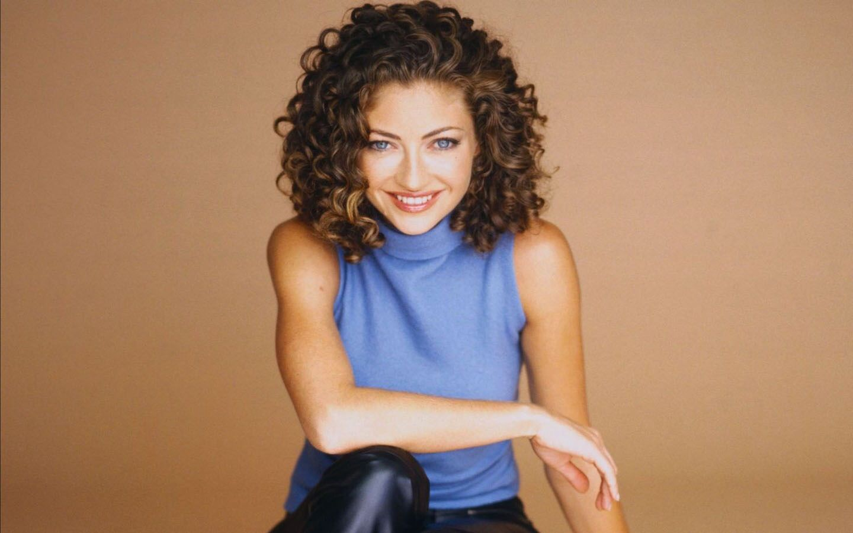 Rebecca gayheart   Rebecca gayheart, Curly hair styles