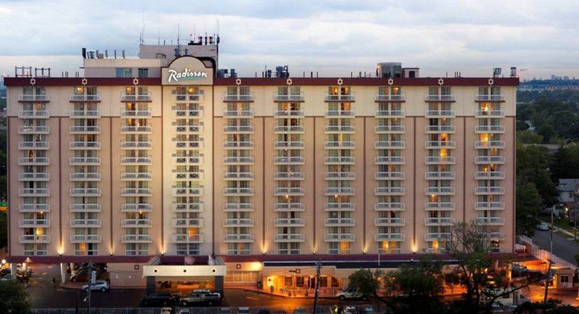 Radisson Hotel Jfk Airport New York City Compare Deals Best