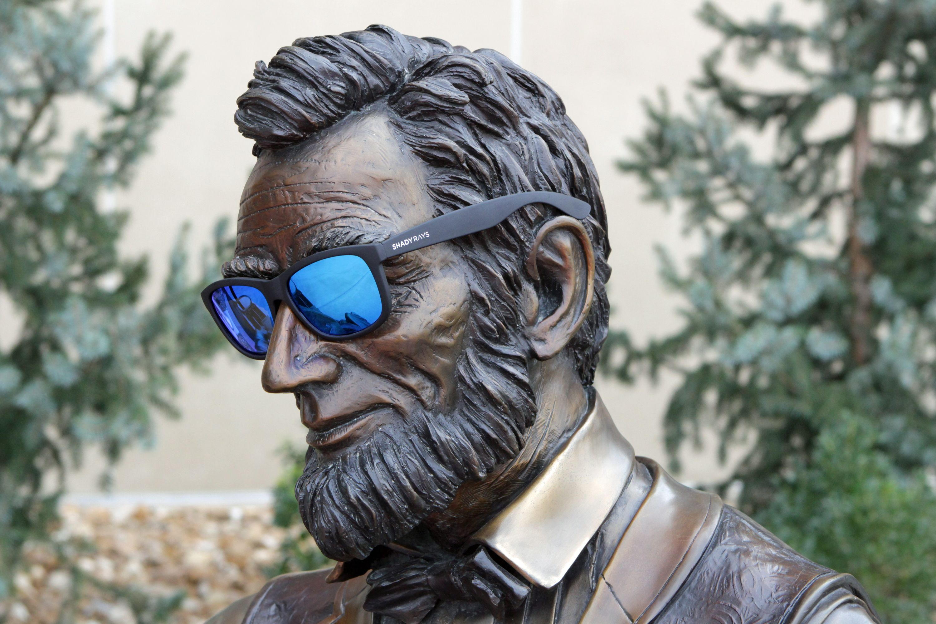 76338c8965 Did you know that Abe Lincoln wore Shady Rays Sunglasses. These great  shades have polarized lenses and will be replaced for free if lost or  stolen.