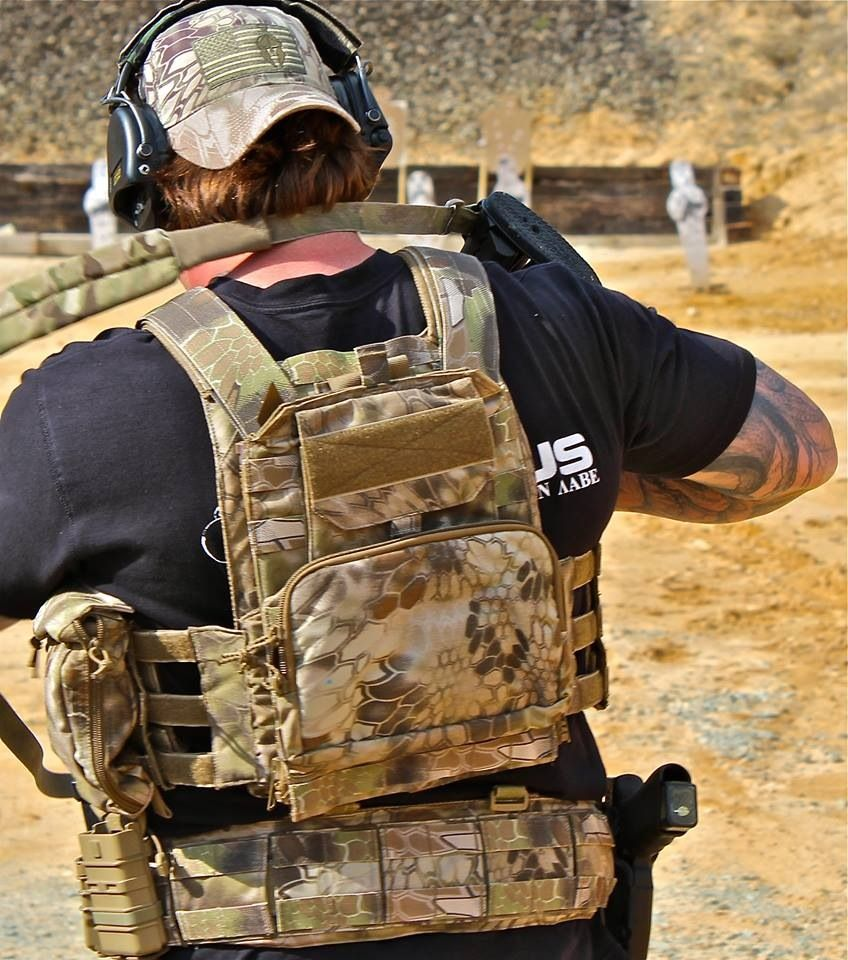 kryptek setup. Beez combat system plate carrier and HSGI battle belt ...