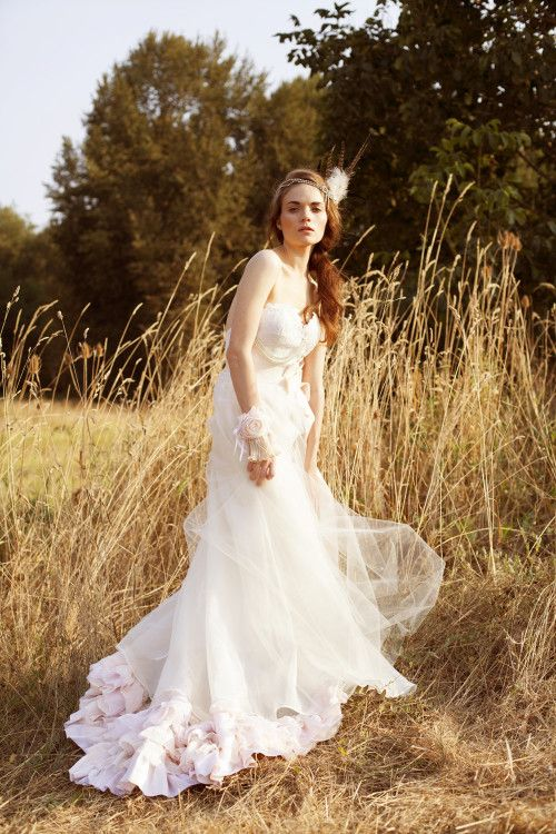 Bohemian Wedding Dress Pattern. i like the bottom | Nicole s Day ...