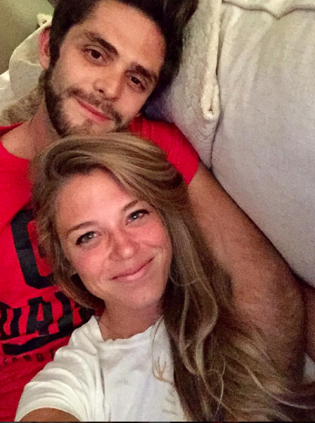 0d97e57ecee65d Why Guys Should Be Taking Notes From Thomas Rhett Akins   This Is ...
