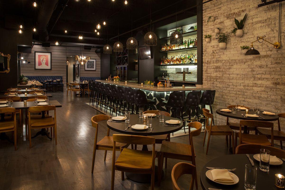 wicker park restaurants 2016 - Minimalist Cafe 2016