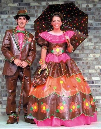 14 Worst Prom Dresses EVER - Check out these pics of terribly ...