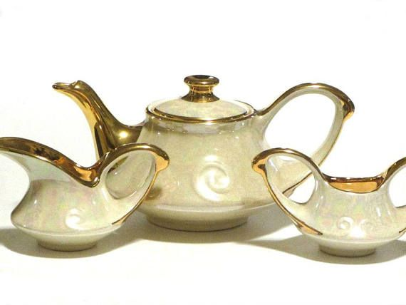 Pearl China Teapot Service 4 Piece Set 22KT Gold Pearlescent