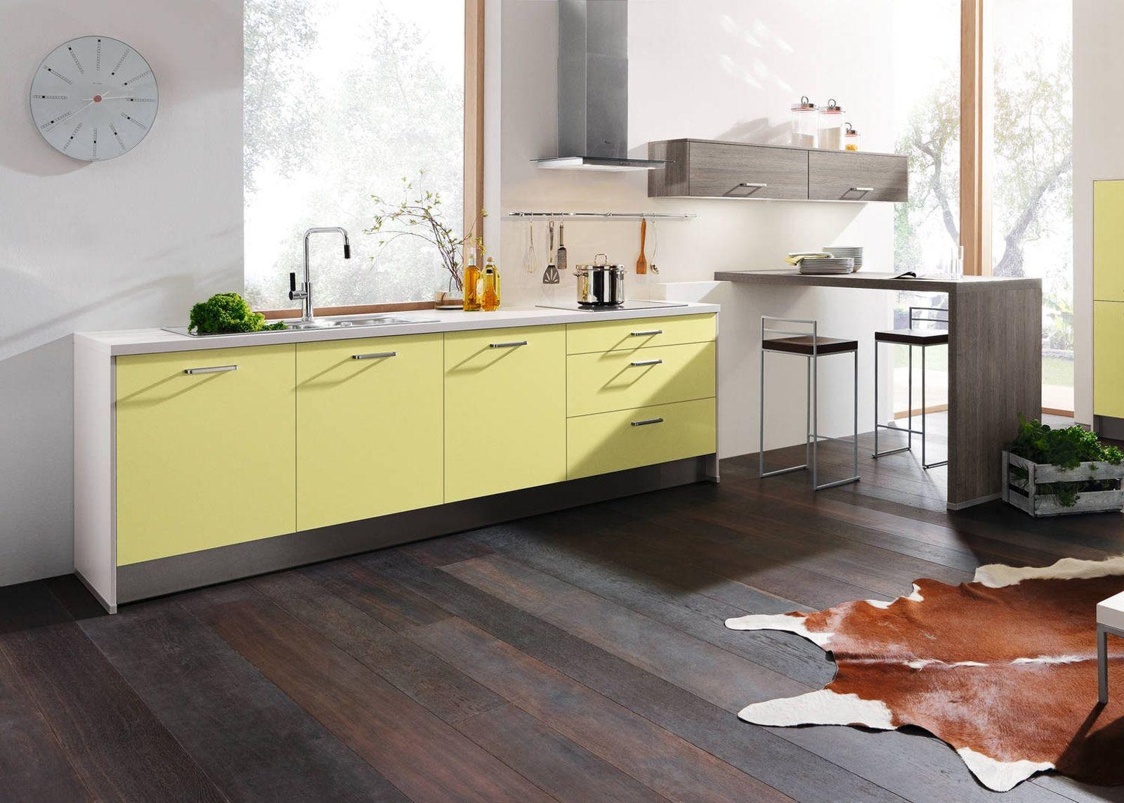 Peppige Küchenzeile in grün | Küche kann so einfach sein | Pinterest | {Küchenzeile einfach 19}