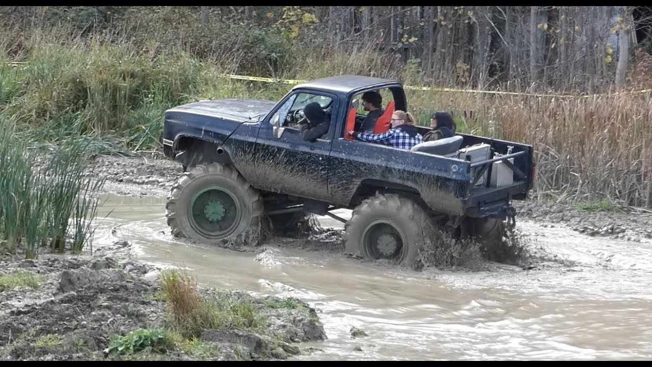 Moms Mud Bog Truck Mudding And Mud Racing October 2018 Mud Racing Mud Trucks Trucks
