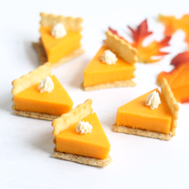 pumpkin pie cheese and crackers  #thanksgivingcrafts