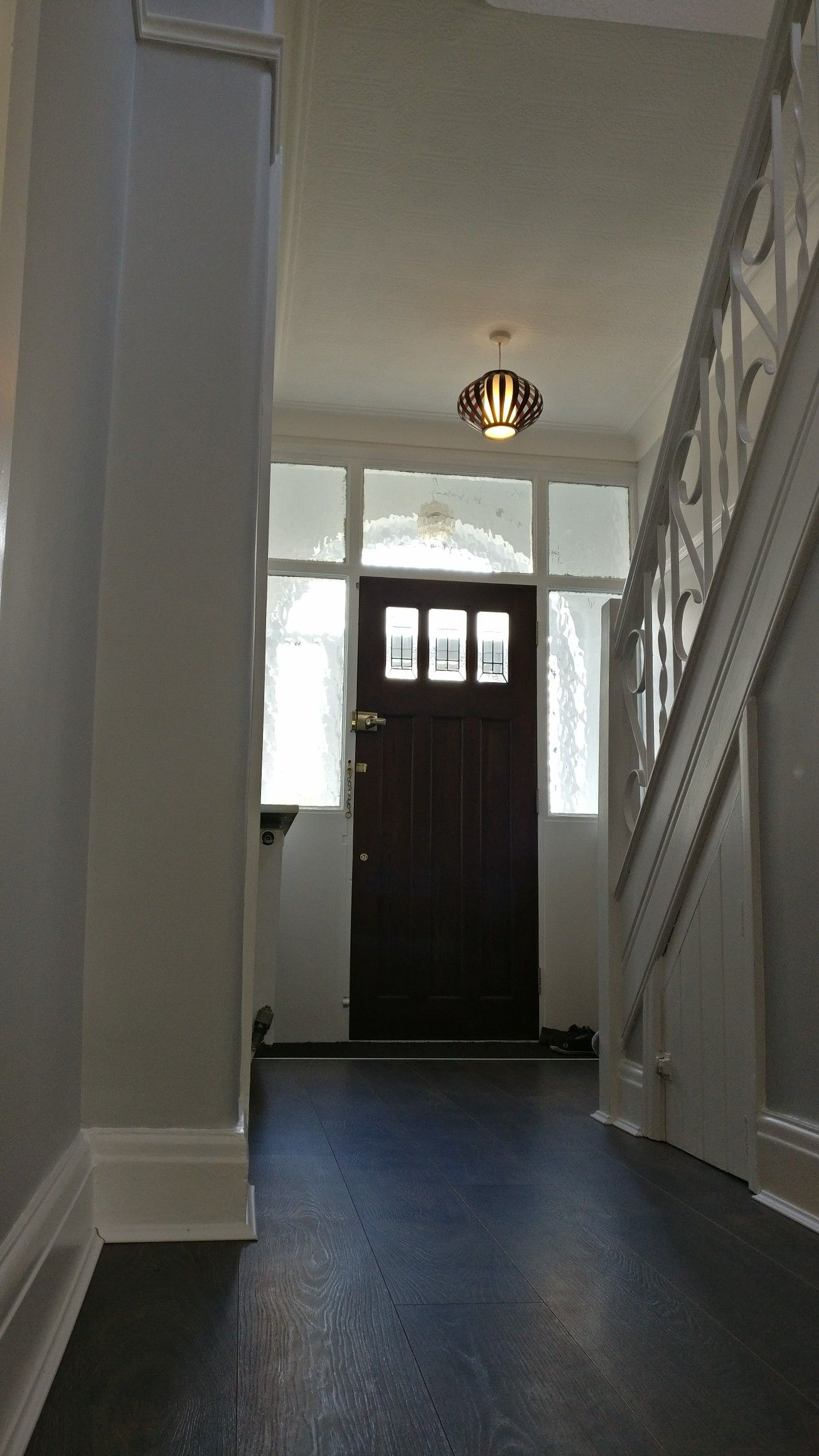 hallway wall paint dulux easycare goose down and top of. Black Bedroom Furniture Sets. Home Design Ideas