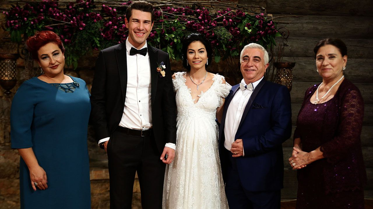 No 309 25 Bolum Galerisi Prom Pictures Turkish Actors Short Hair Styles