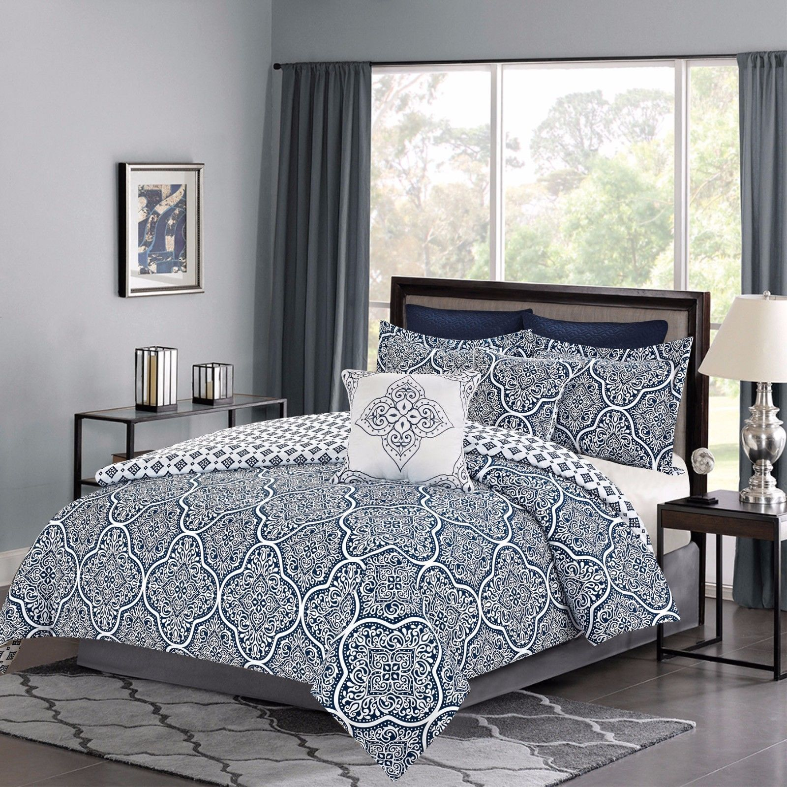 Bedding forter 7 Piece Queen or King Bed Set Navy Blue and White