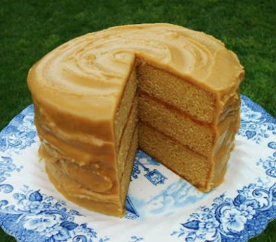 cooking recipes 2016 : Butterscotch Cake with Caramel Icing