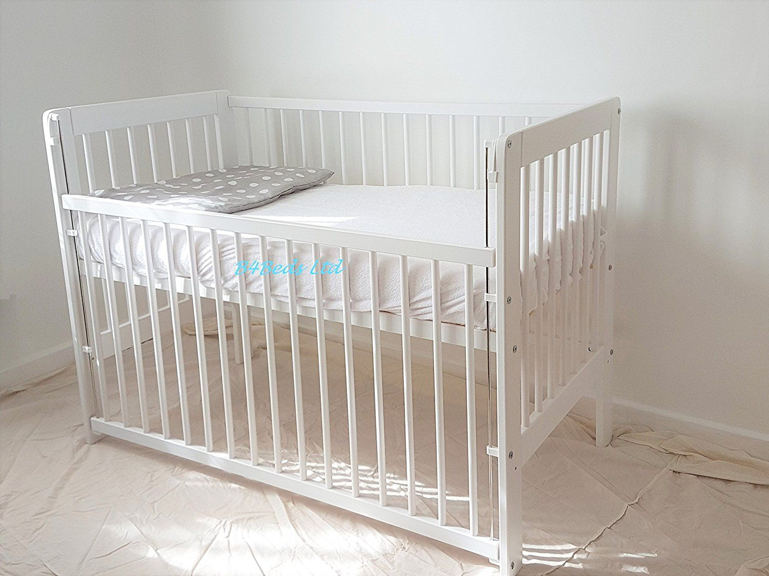 INCLUDING FOAM MATTRESS NEW WHITE COT-BED 120x60