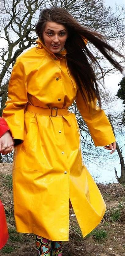 yellow pvc raincoat keltainen pinterest pvc raincoat raincoat and rain wear. Black Bedroom Furniture Sets. Home Design Ideas