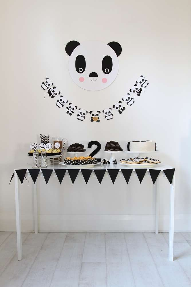 Panda Birthday Party Ideas | Dessert tables on Catch My Party ...
