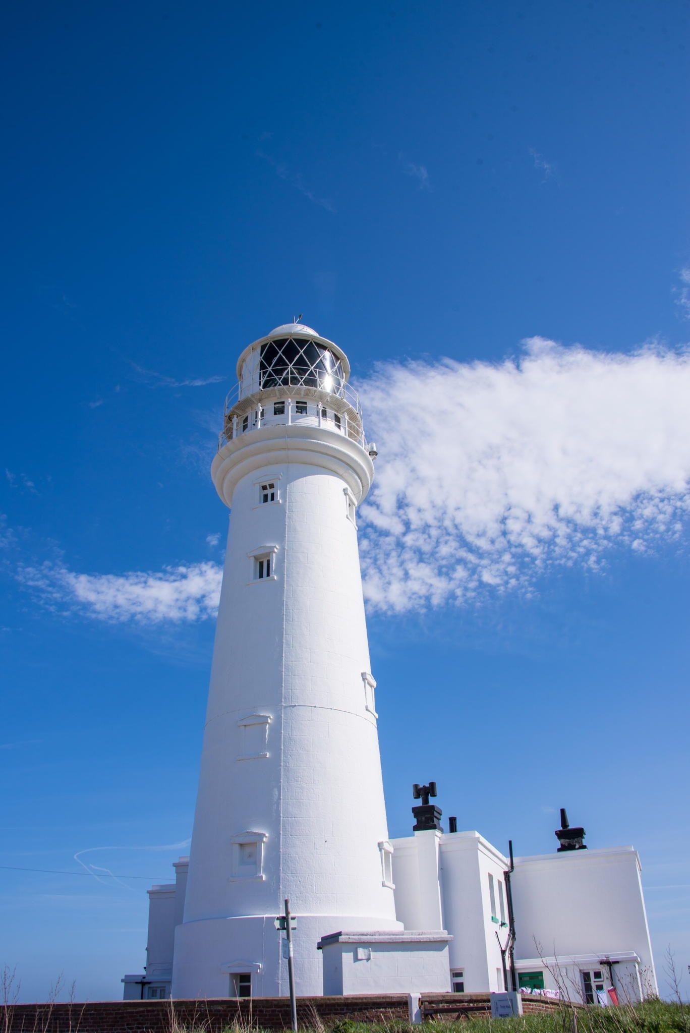 Long beach lighthouse wedding  Lighthouse Flamborough Head  Lighthouses  Pinterest  Lighthouse