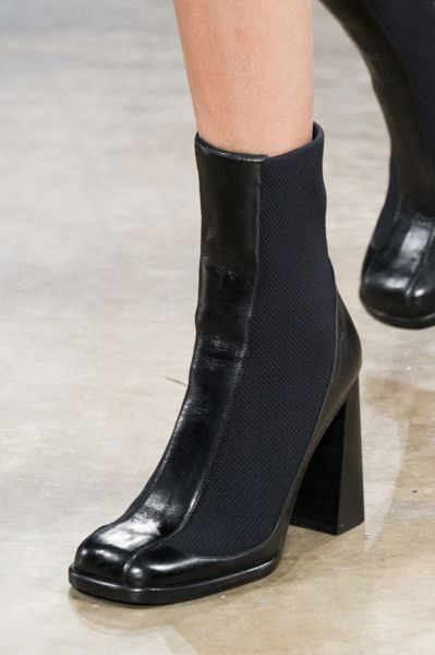 Boots, Fashion shoes, Chunky heels boots
