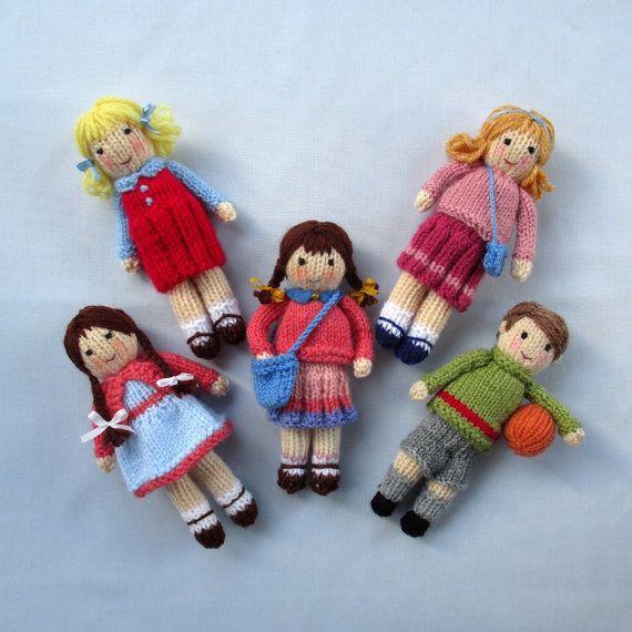 Amigos en otoño 5 patrón de punto de muñeca por dollytime en Etsy ...