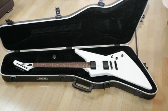 Edwards Explorer 8 5jt Music Instruments Guitar