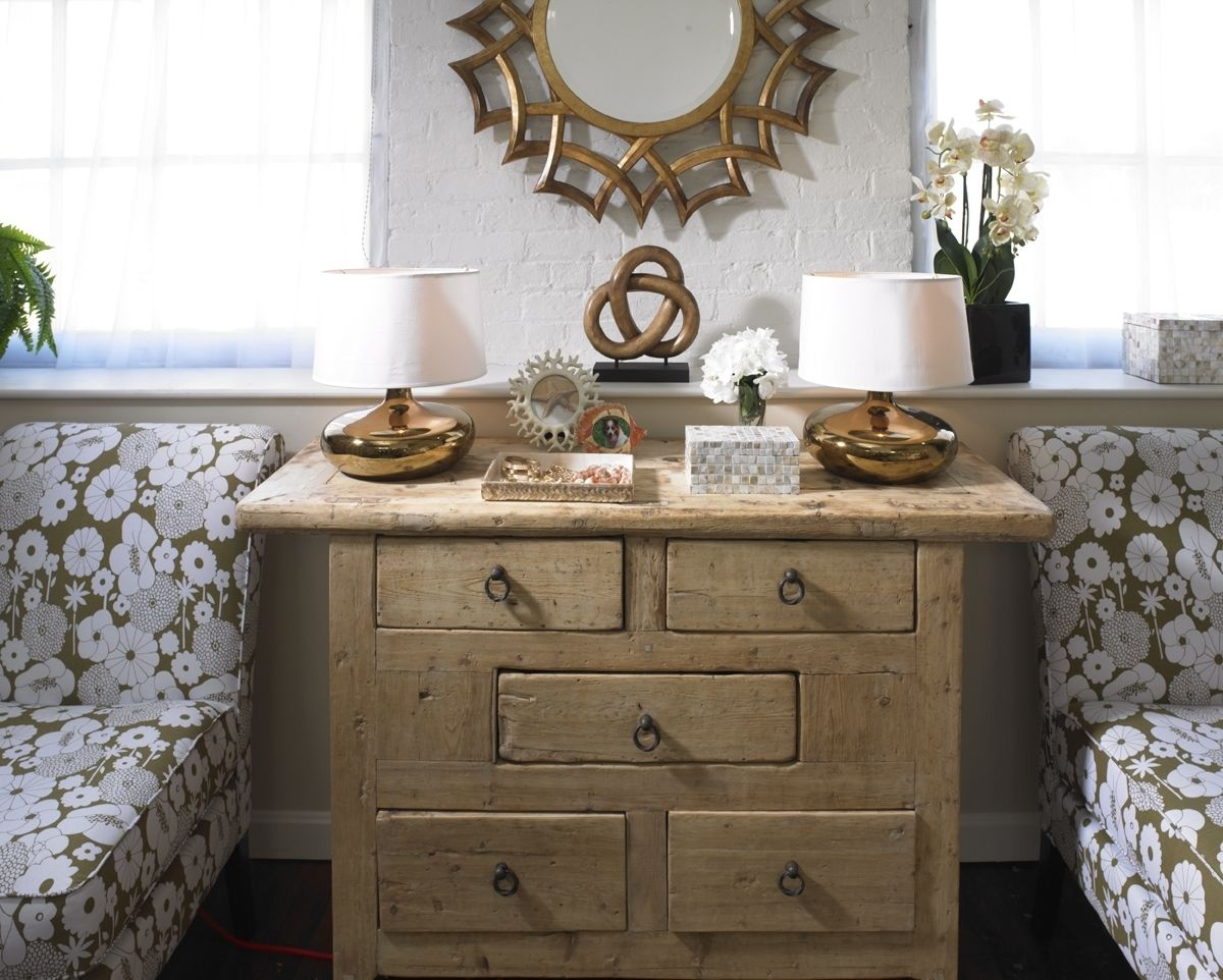 Home Goods Design Quiz A Wooden Chest Goes Nicely In Any Farmhouse Glam Styled