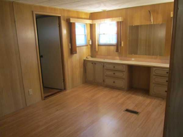 Retirement Living 1970 Schult Mobile Home For Sale In Leesburg