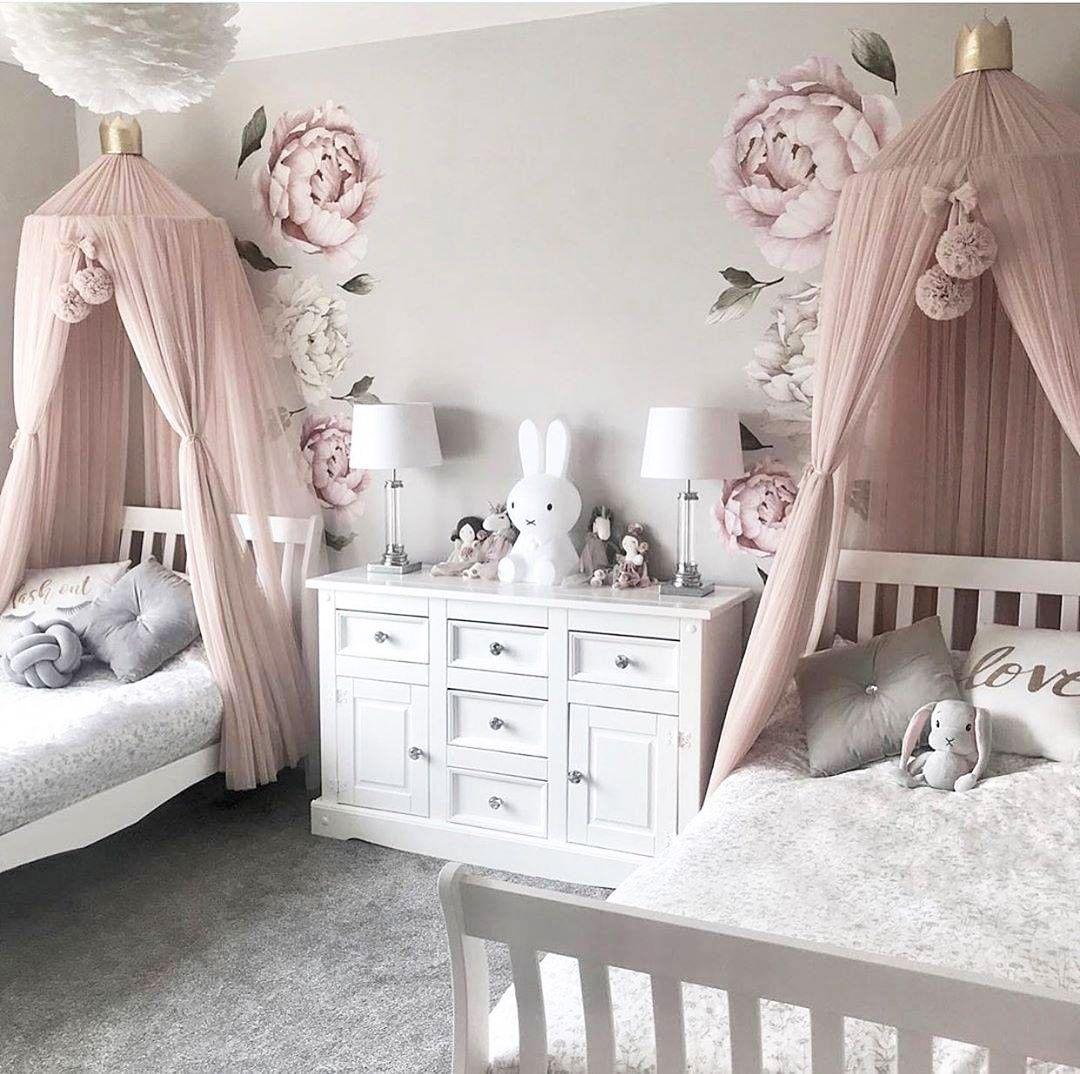 49 Simple Christmas Tree Decorating Ideas Shared Girls Room Twin Girls Room Shared Girls Bedroom