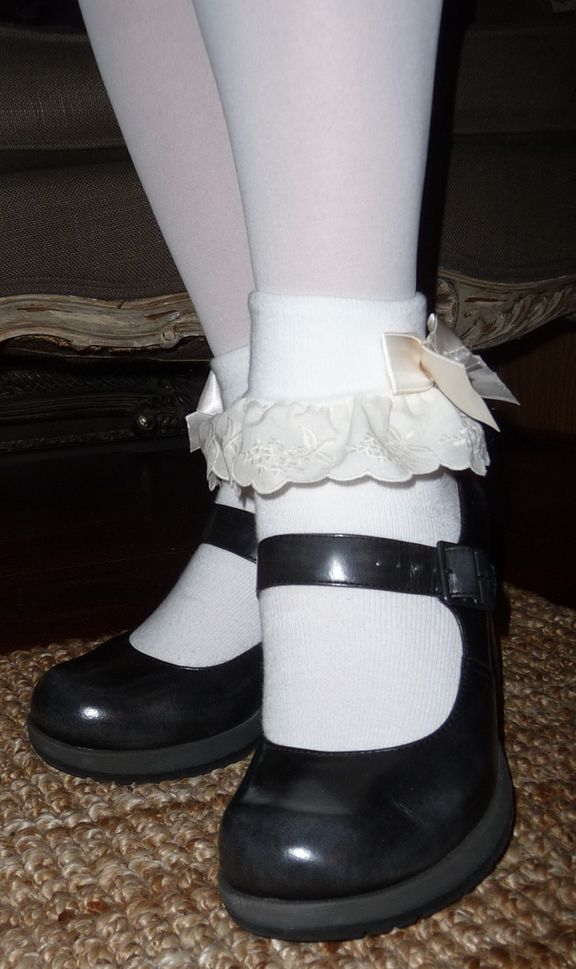 9d2b6cd8af7e7 Frilly Socks and Mary Janes | Adorable socks in 2019 | Frilly socks ...
