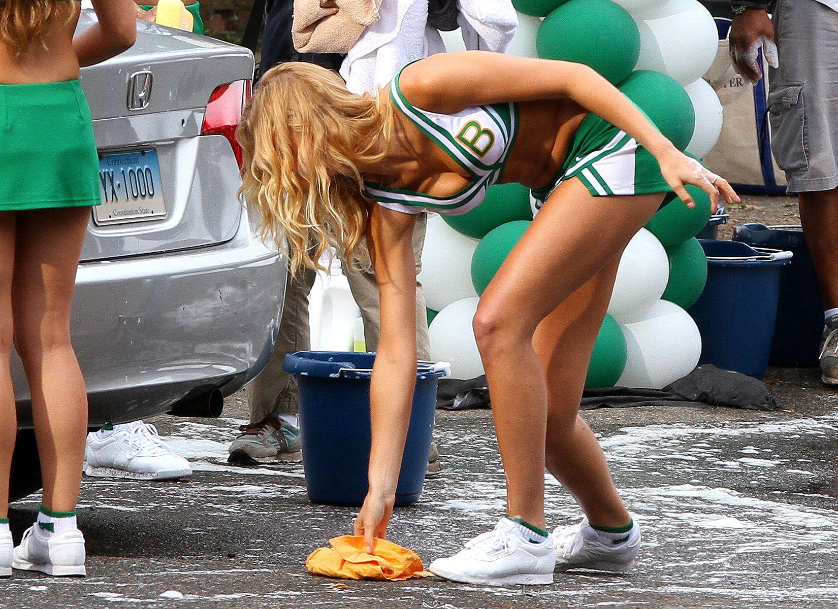 heatherton cheerleader Erin