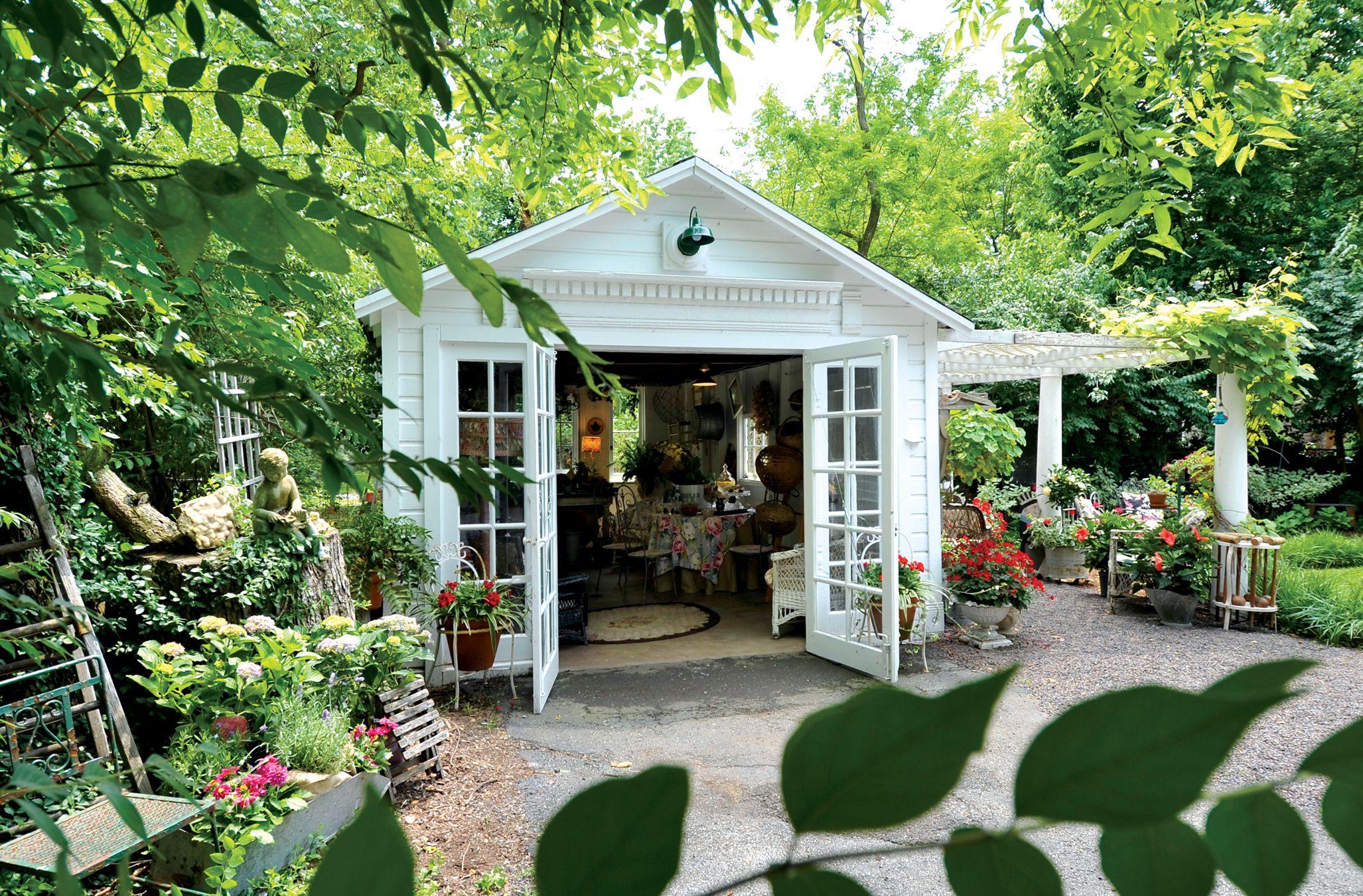 Garden House with Pergola | Backyard cottage, Backyard ...