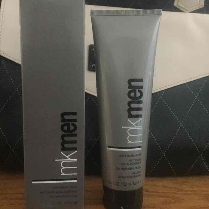 Mary Kay MKMen Daily Facial Wash. - Mercari: Anyone can buy & sell