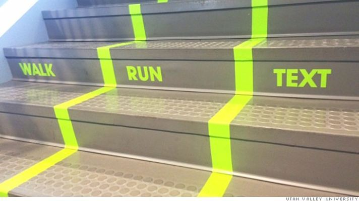 University adds staircase 'text lane'