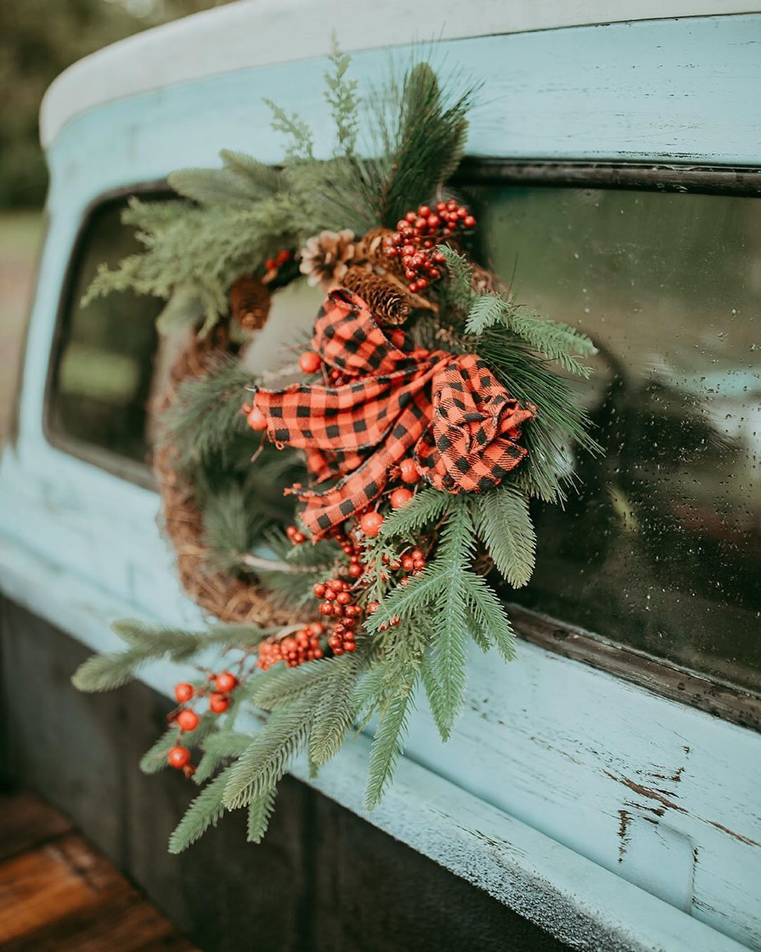 ok I promise Im not one to skip Thanksgiving and jump into Christmas but editing last weekends Holiday Mini Sessions has me leaping into all the Christmas feels