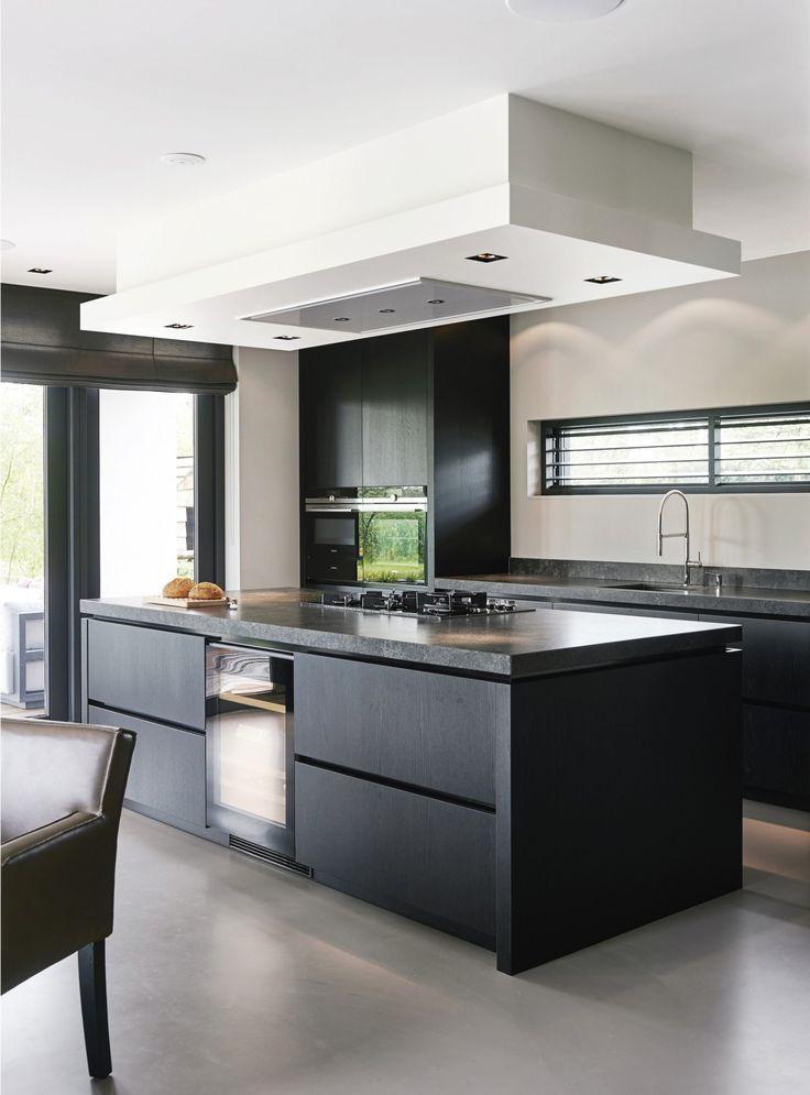 Minimalistische Küchen mit zeitloser Dekoration in 2020