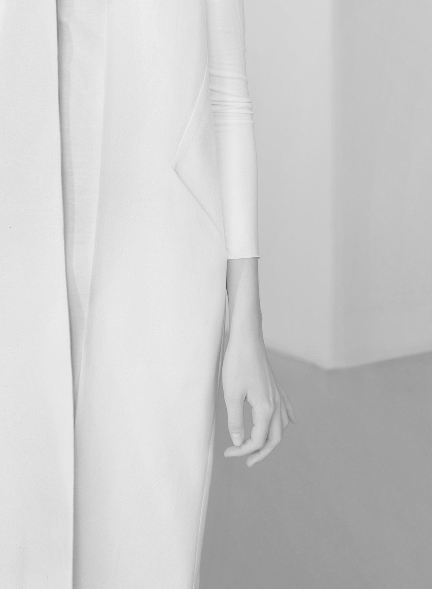Clean detailed shot, strong linear composition. Minimal White Coat ...