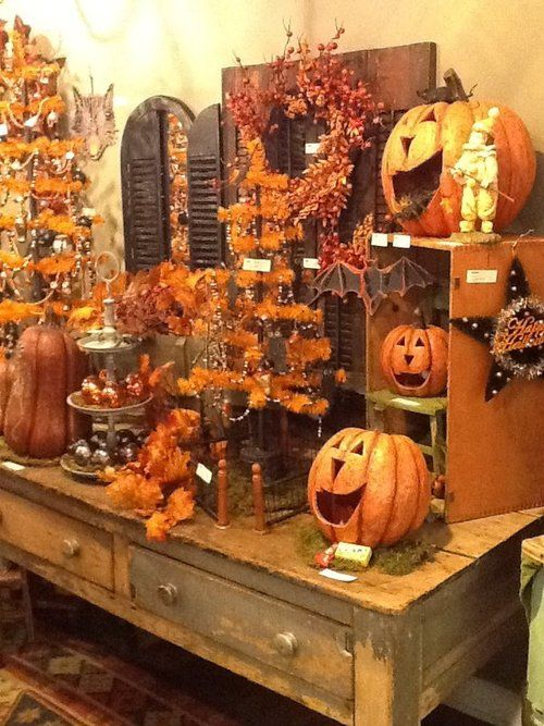 country halloween decor this just makes me happy halloween pinterest decoration vitrine. Black Bedroom Furniture Sets. Home Design Ideas