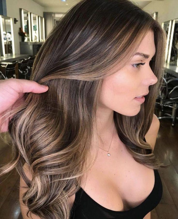48 Atemberaubende Haarfarbe-Ideen für den Herbst 2018 Trends #Atemberaubend #Haarfarbe ...   - haare - #atemberaubend #Atemberaubende #den #für #Haare #Haarfarbe #HaarfarbeIdeen #Herbst #Trends #fallhaircolorforbrunettes
