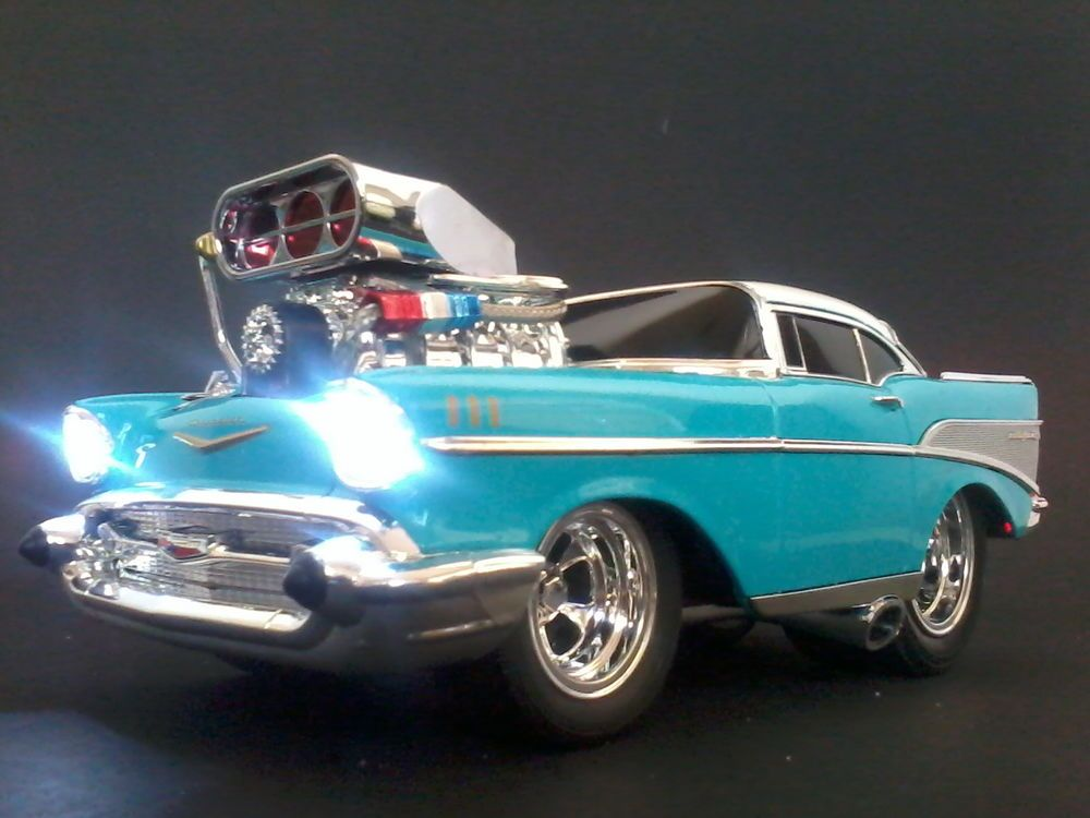 Muscle Machines 1/18 Scale 55 Chev BelAir Nomad Customized Front ...
