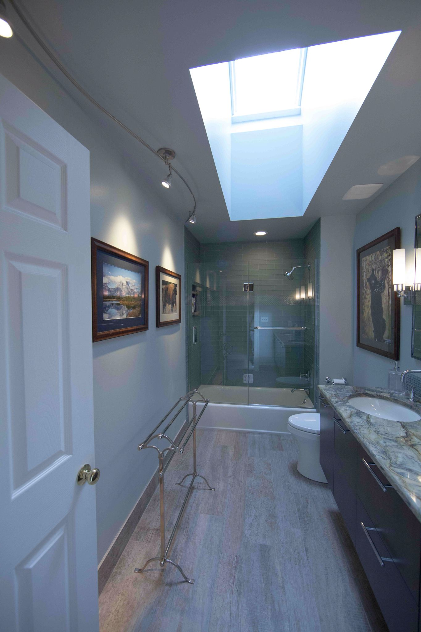 Hall bathroom with two sinks