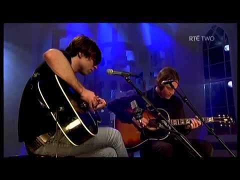 Ryan Adams ~ When the stars go blue ( acoustic)