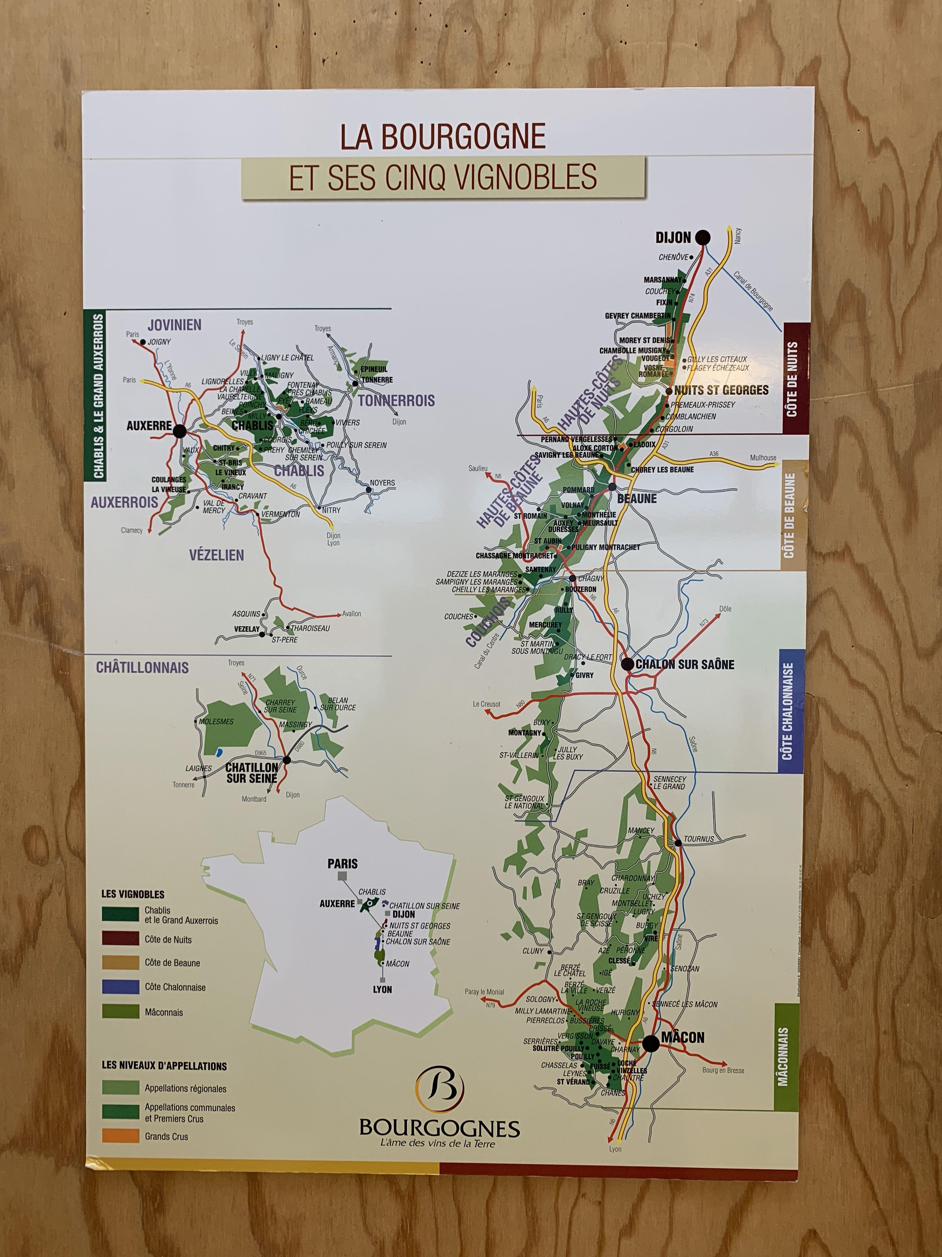 Pin Von Cuvee Av Architecture Vin Auf Wine Regions Wein