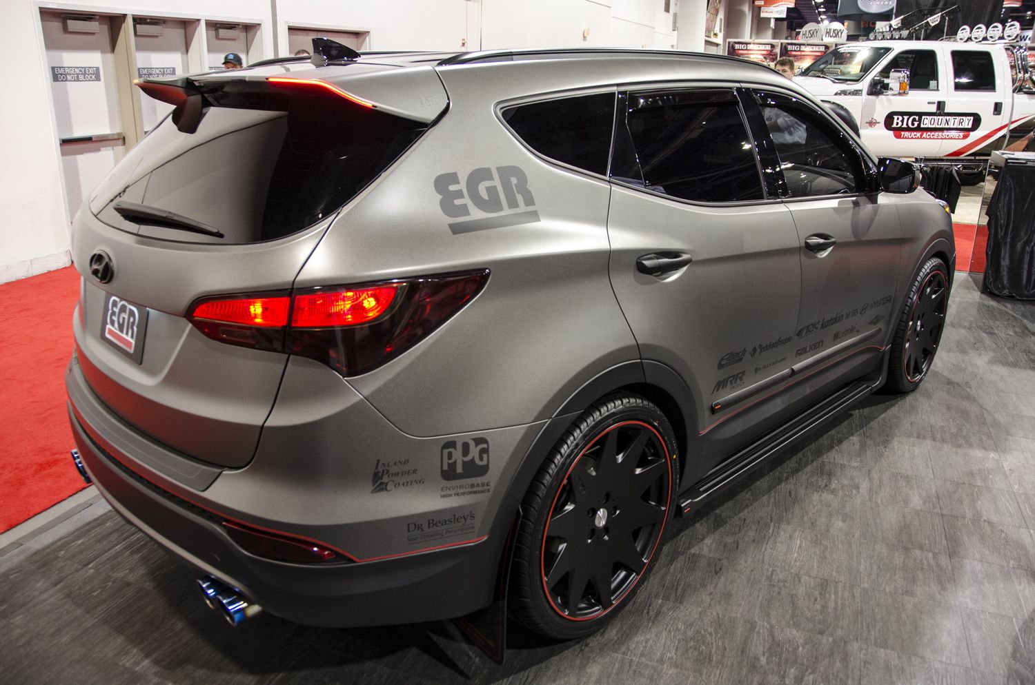 Hyundai santa fe custom dream cars pinterest cars for Garage hyundai 78