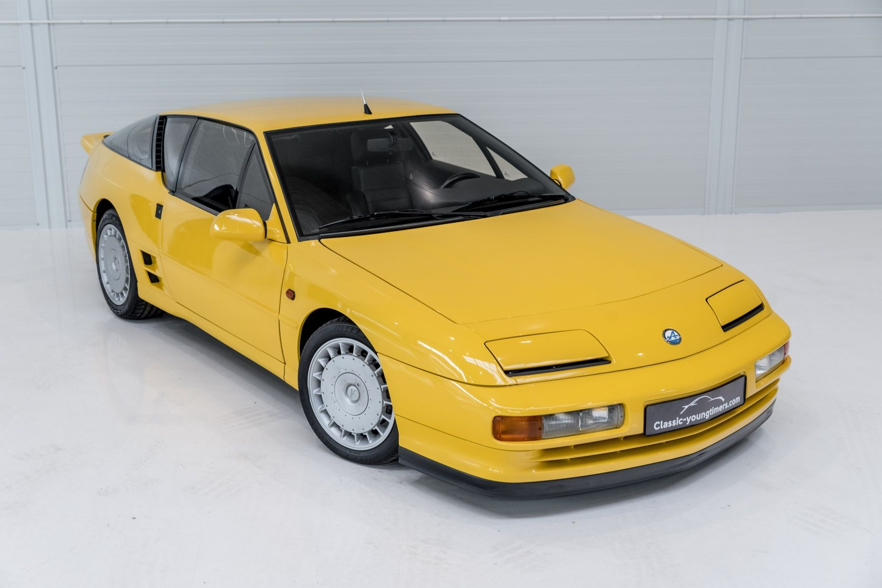 1994 renault alpine a610 turbo 27 248 km alpine pinterest. Black Bedroom Furniture Sets. Home Design Ideas