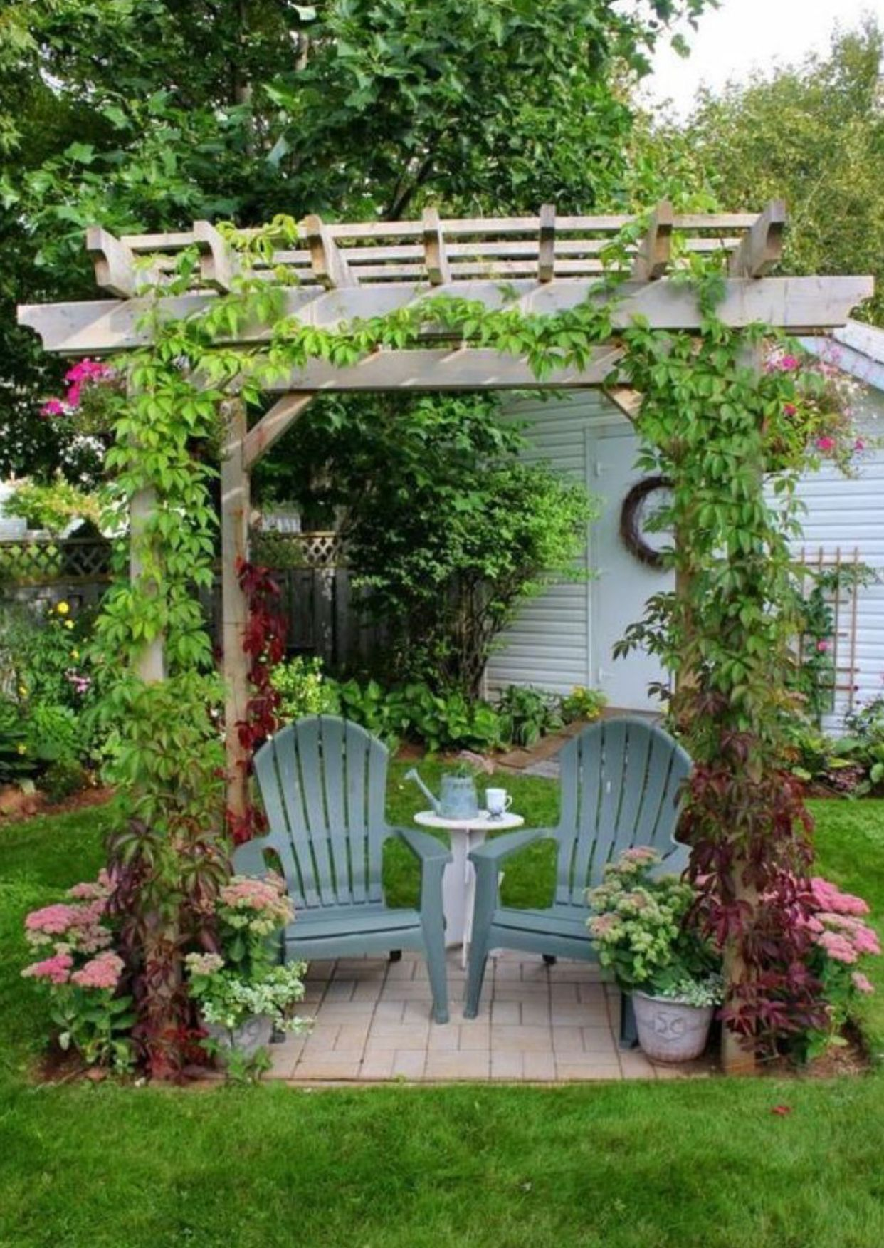 High Quality Garden Arbors Are Set Up As Shaded Places In Home Gardens Or Public Parks  Where One Can Relax And Rest. These Open Frameworks Are Typically Made Of  ...