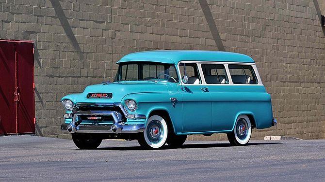 1956 Gmc Deluxe Suburban Mecum Monterey Classic Cars Trucks