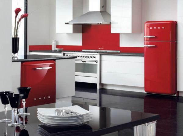Smeg Kühlschrank Freistehend : Der smeg kühlschrank u eine designikone in er jahre style