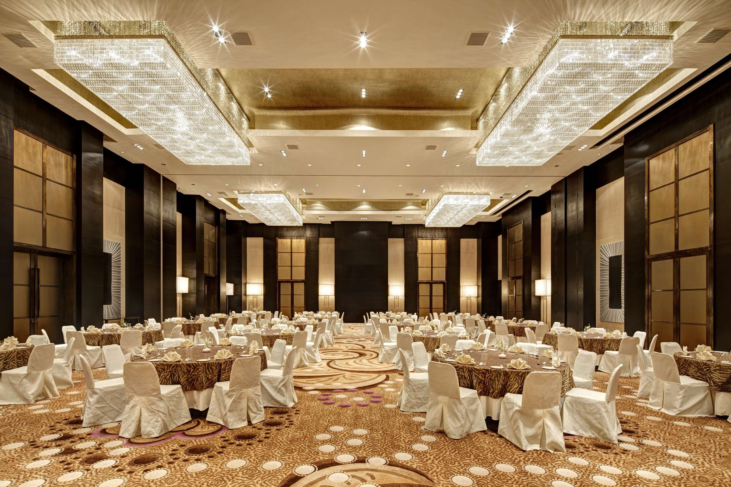 Luxury Wedding Venue Plans: PARK HYATT HYDERABAD Centrally Located In The Heart Of